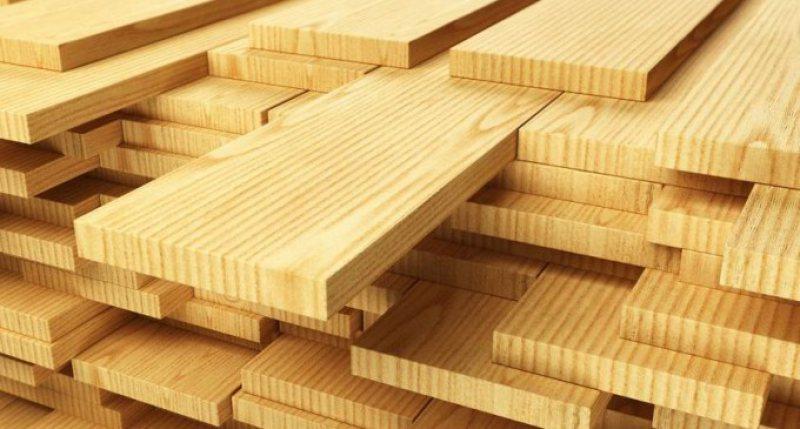 S-a lăsat cu lemne confiscate