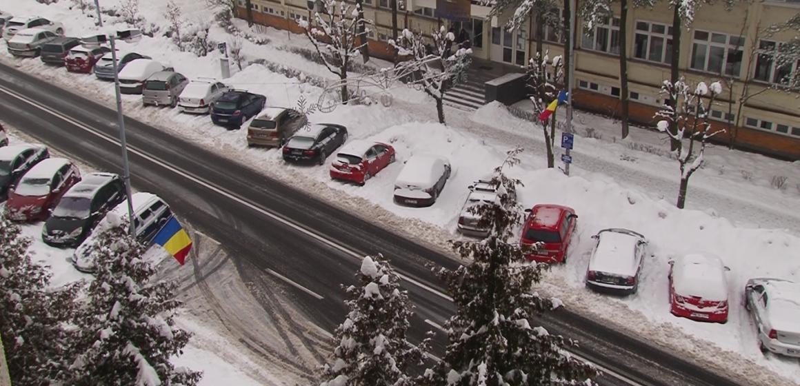 VIDEO | E de lucru prin parcări