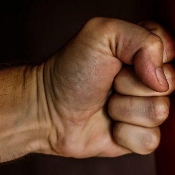 VIDEO | Arestat preventiv după ce și-a snopit concubina
