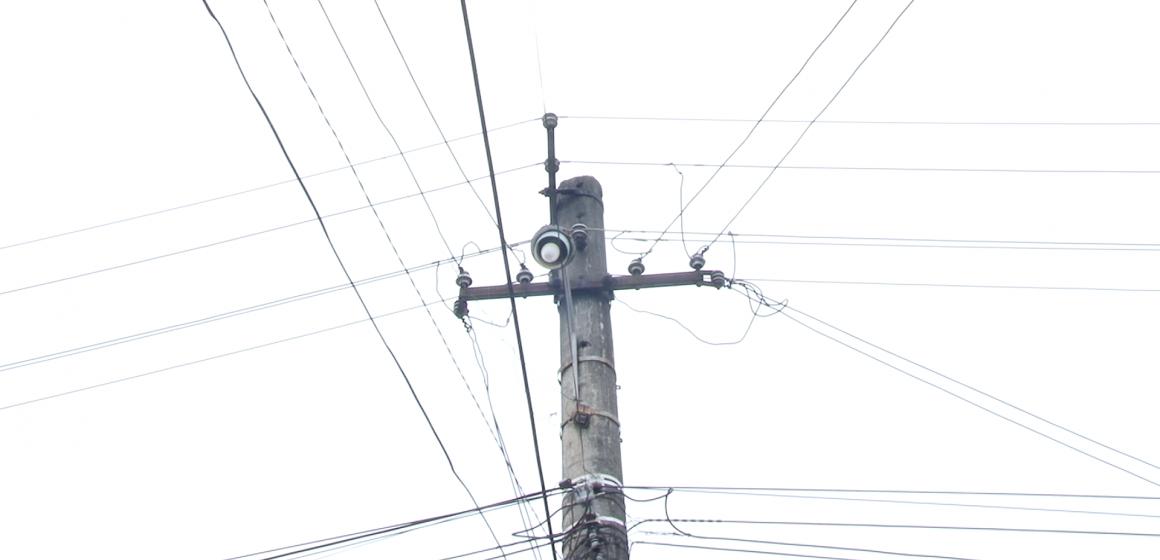 VIDEO | Cazuri și necazuri – se circulă pe întuneric în cartierul Unirii din Sighet