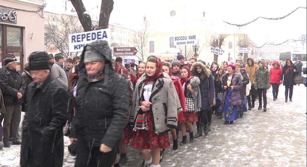 VIDEO | A debutat a 26-a ediție a Festivalului de colinde și datini ucrainene (FOTO)