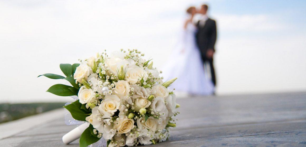 Trei zile de târg de nunți