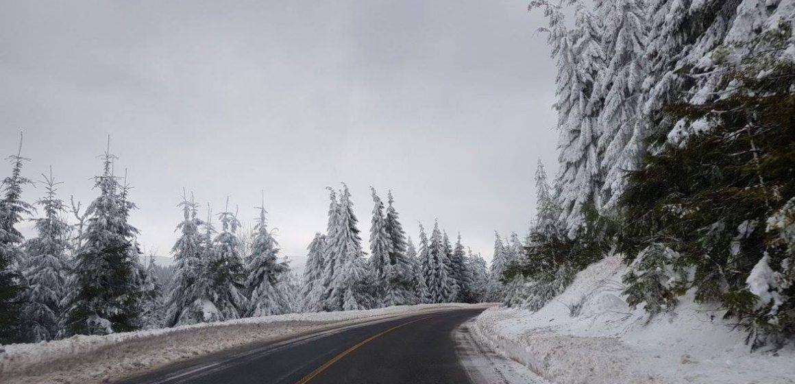 Temperaturi scăzute în pasurile montane. Vremea se va încălzi în următoarele zile