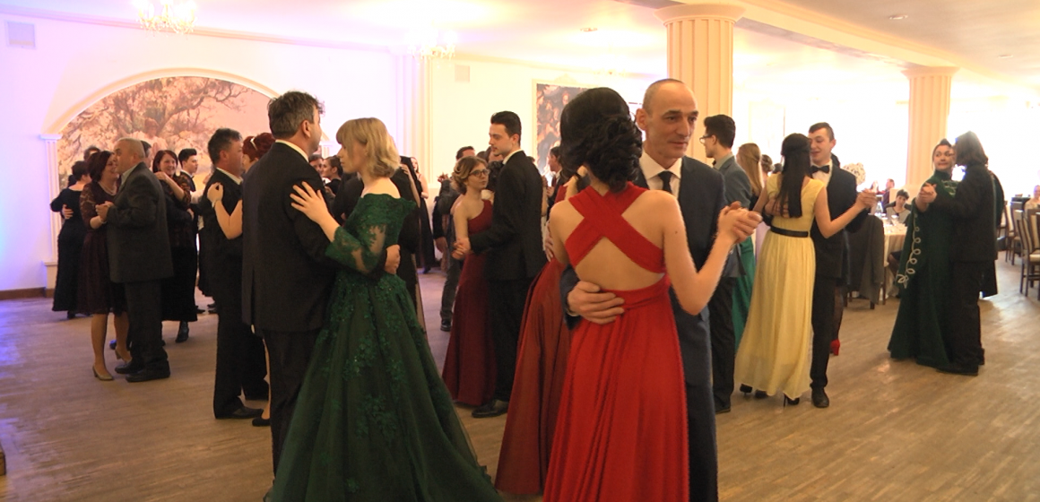 "VIDEO | Eveniment special – ""Viața e un bal, danseaz-o!"""