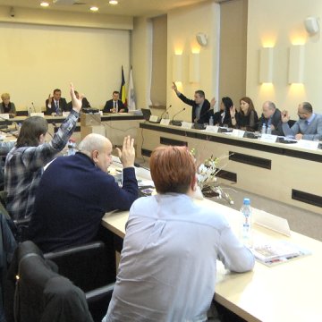 VIDEO | Discuții aprinse în Consiliul Local, legate de ADI și Vital