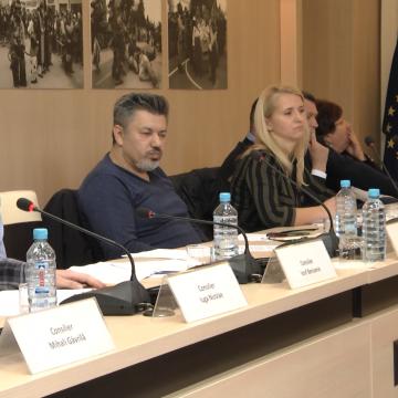 VIDEO | S-a lăsat cu scandal în Consiliul Local Sighet