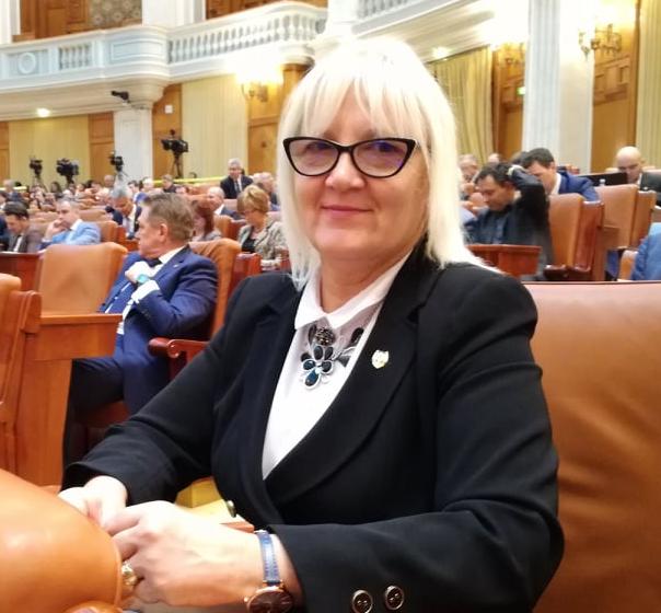 """VIDEO – Severica Covaciu, senator PMP: """"PSD refuza sprijin financiar pentru micii fermieri. Vom cumpăra mai multe produse de import"""""""