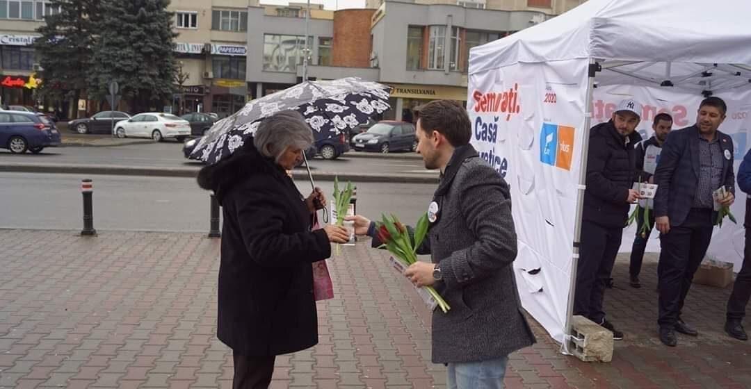 """Vlad Duruș, deputat USR: """"Femeia, universul nostru sufletesc!"""""""