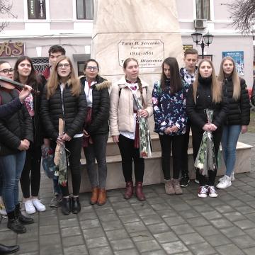 Video|Taras Șevcenko, comemorat la liceul care îi poartă numele
