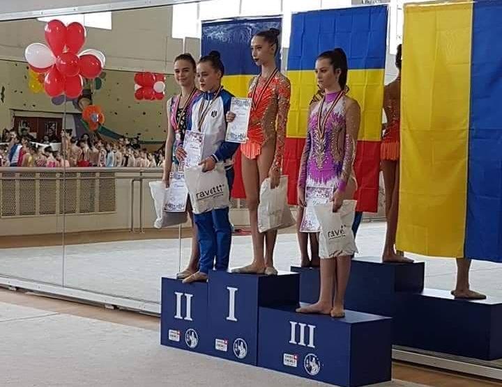 VIDEO   Zece medalii pentru gimnastele băimărene la un concurs internațional
