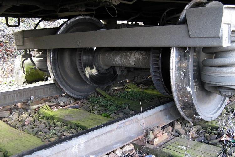 Ultima oră: vagon deraiat al trenului Sighet – București