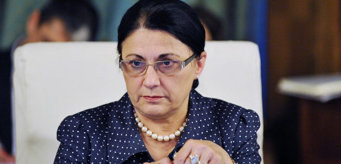 Video|Ce zice ministrul Educației despre protestul foilor goale, de la simularea Evaluării Naționale