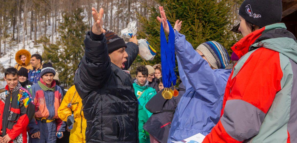 Video|Veselie mare la Jocurile Speciale de Iarnă, de la Cavnic