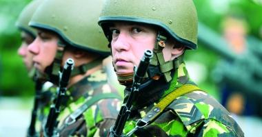 Centrul Militar Judeţean recrutează