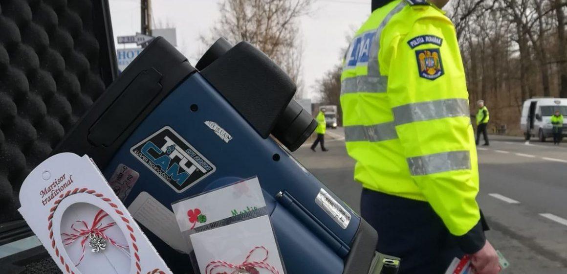 GALERIE FOTO & VIDEO | Cu mărțișoarele în trafic