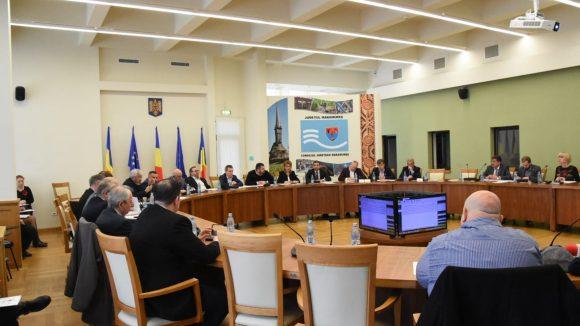 Aleșii județeni au aprobat sumele necesare echilibrării bugetelor administrațiilor locale