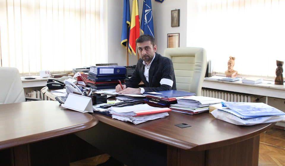 Greva primarului Lucian Morar – un joc de imagine pentru alegerile europarlamentare