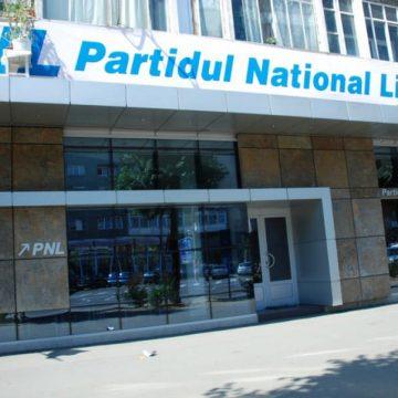"""Gabriel Zetea (PSD): """"PNL Maramureș folosește afișajul ilegal în campania electorală"""""""