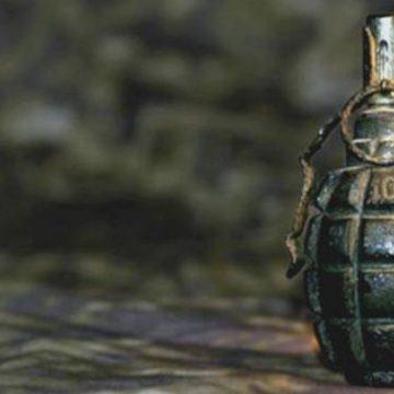 VIDEO | I-au găsit acasă o armă, cartușe, plus o grenadă