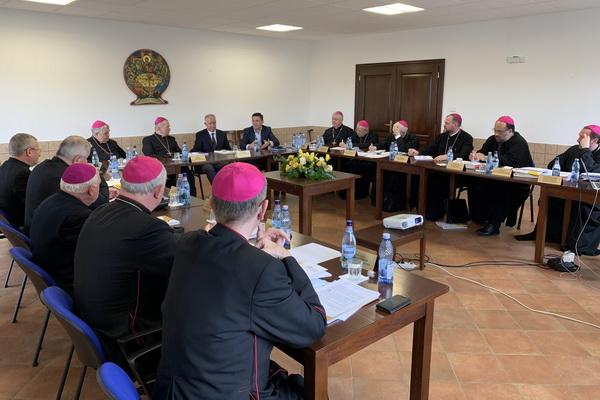 VIDDEO | Pregătiri pentru vizita Suveranului Pontif