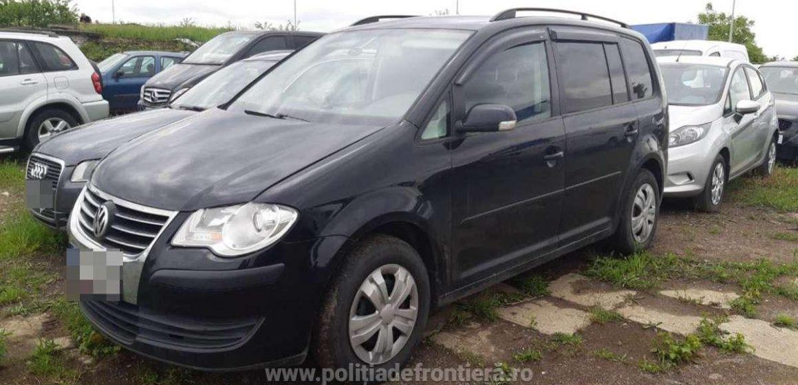 VIDEO | Maramureșean prins la graniță cu o mașină furată din Cehia