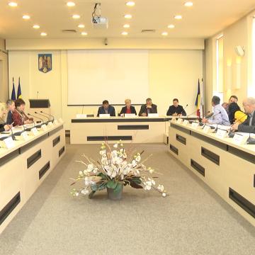 VIDEO | Bugetul municipiului Sighetu Marmației n-a fost aprobat de Consiliul Local