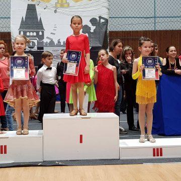 12 medalii și 5 finale pentru Prodance 2000 la Baia Mare Dance Festival