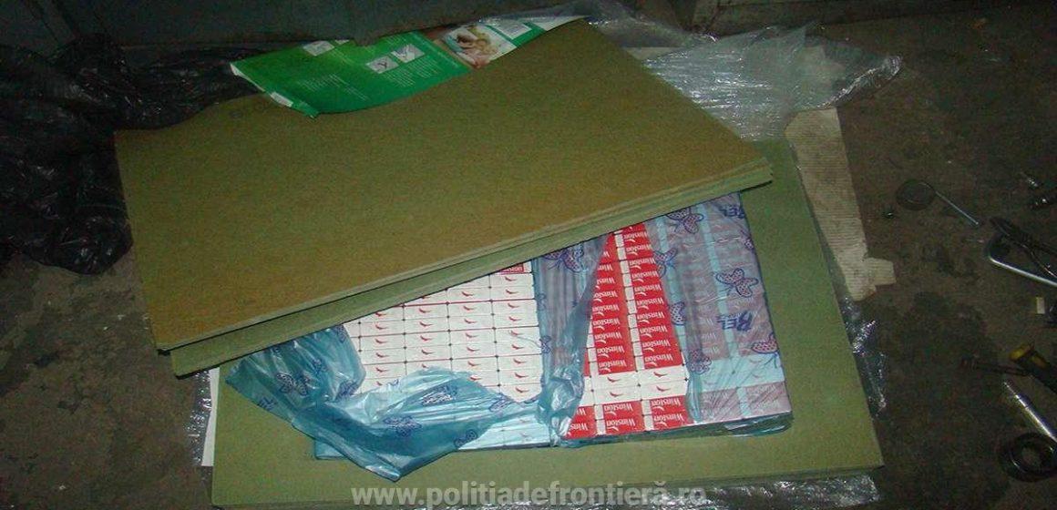 Țigări de contrabandă găsite în 3 mașini