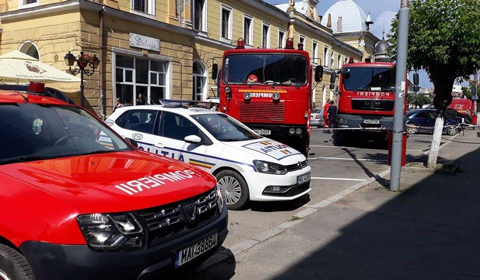GALERIE FOTO | Incendiu la Oficiul Poștal nr. 1
