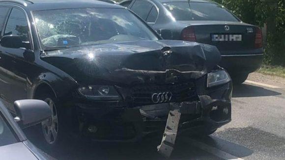 Carambol în Lăpușel: o femeie a fost rănită și patru autovehicule au fost avariate