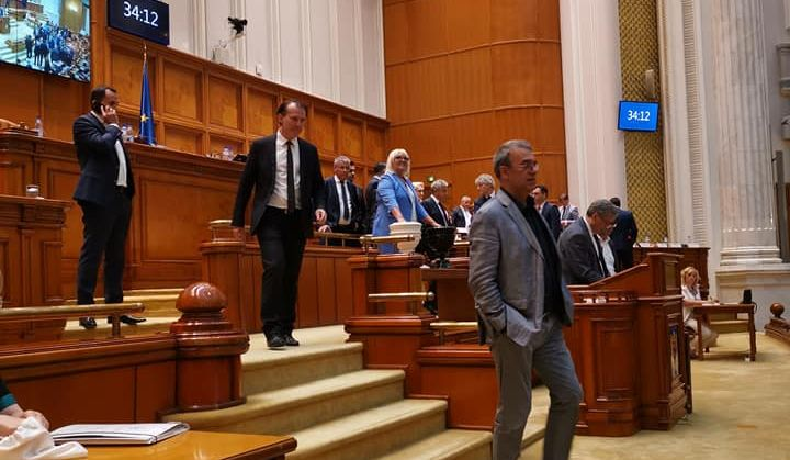 "VIDEO | Severica Covaciu, senator PMP: ""Actualul Executiv nu mai are legitimitate politică"""