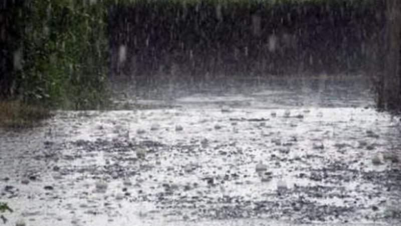 Cod roșu de ploi torențiale și grindină