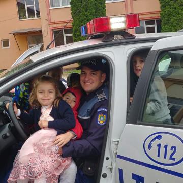 VIDEO | Sfaturi de vacanță ale polițiștilor de care e bine să se țină seama