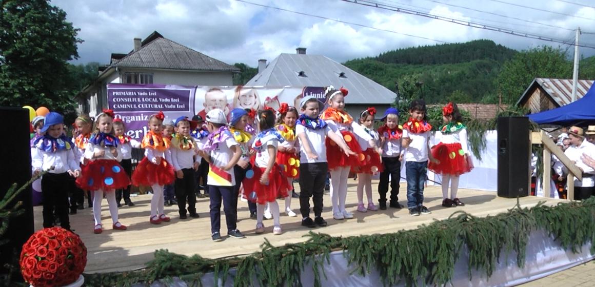 VIDEO | Serbările copilăriei la Vadu Izei