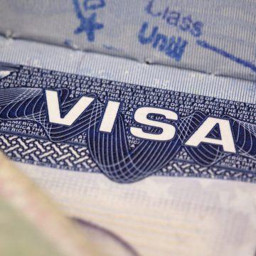Cine vrea viză de SUA trebuie, de acum, să-și prezinte și conturile de pe rețelele de socializare