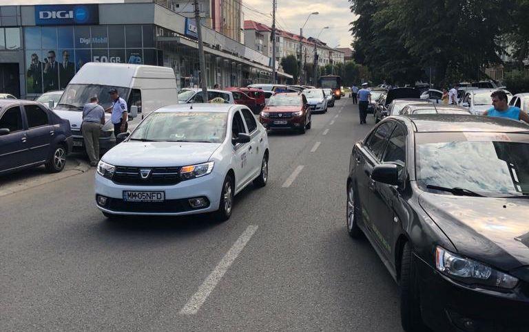 Tineri și neliniștiți – au urcat la volan fără să aibă permis