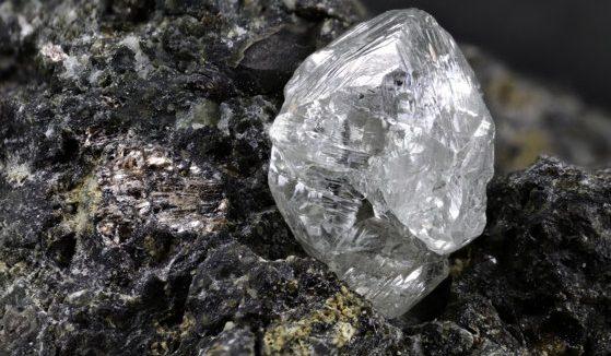 Cea mai mare mină de diamante din lume va fi închisă, după patru decenii de producţie