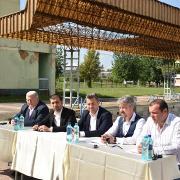 """Peste 3 milioane de lei pentru reabilitarea bazinului descoperit din cadrul Complexului Sportiv Național """"Lascăr Pană"""""""