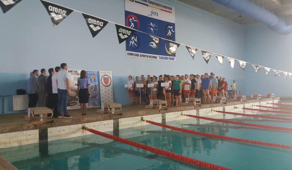 Jandarmii maramureşeni la Campionatul Naţional de Înot al MAI