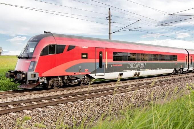 Recomandări privind călătoria cu trenul în acest sezon estival