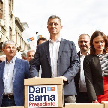 """Dan Barna: """"Eliberăm românii de birocrație"""""""