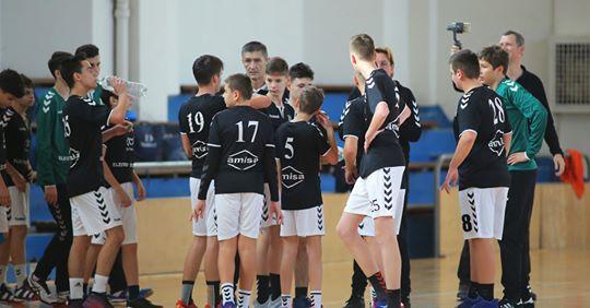 Două victorii pe teren propriu pentru juniorii Academiei de Handbal Minaur