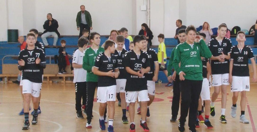 Juniorii III ai Academiei de Handbal Minaur au trecut de Liceul Militar Mihai Viteazul din Alba Iulia cu scorul de 33-18