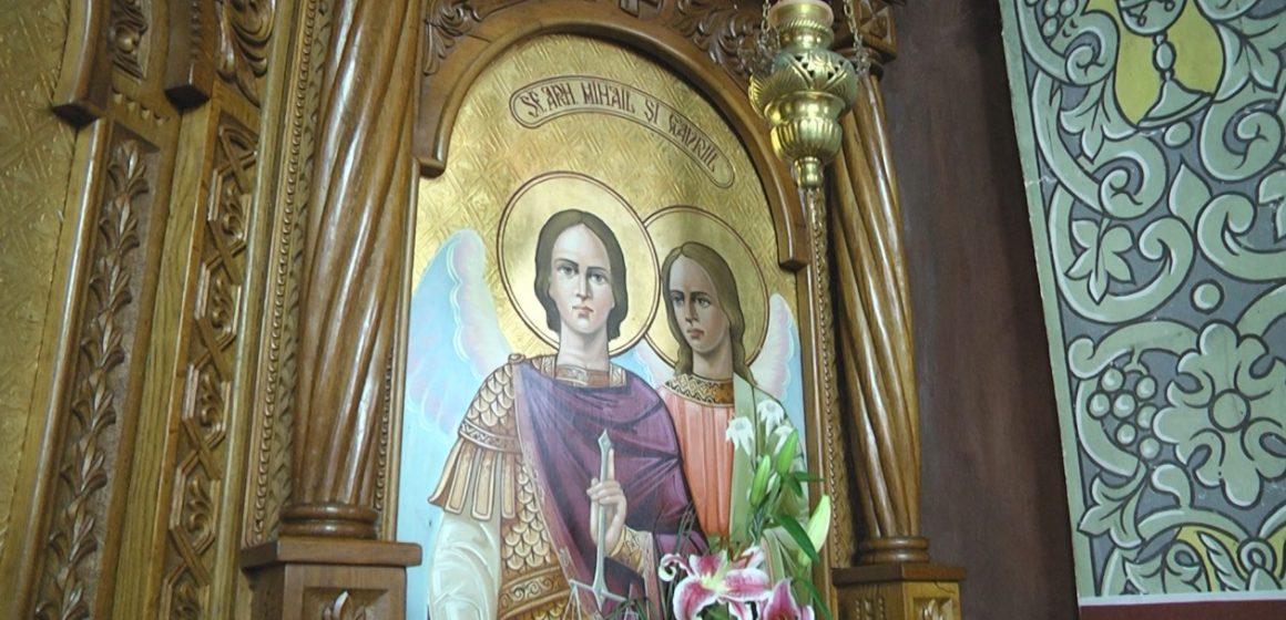 """Biserica cu hramul """"Sfinții Arhangheli Mihail și Gavriil """"din Sighet se pregătește de hram"""