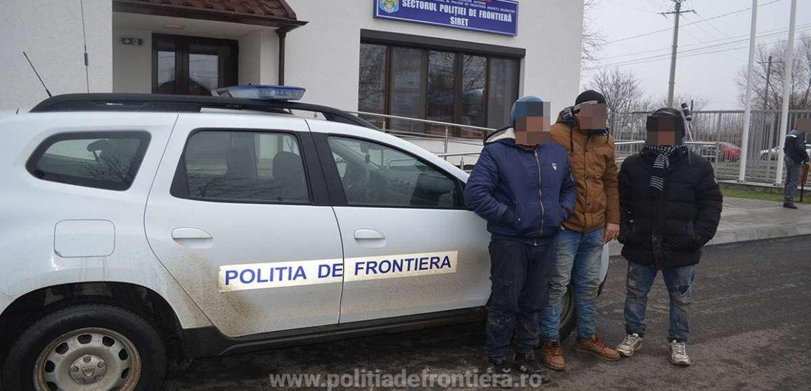 Doi bărbați din Yemen, un egiptean și un algerian, opriți la graniță de lucrători ai ITPF Sighet