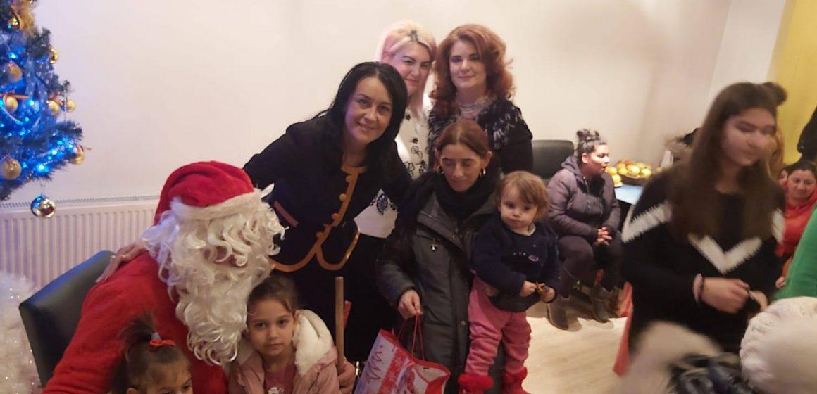 VIDEO | Moș Nicolae a trecut și pe la sediul PNL Sighet