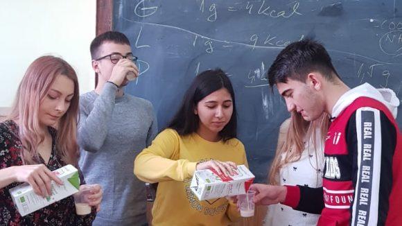 VIDEO   Workshop pentru elevi despre alimentația sănătoasă