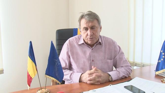 VIDEO | Primarul comunei Mireșu Mare trage linie și calculează care sunt proiectele care nu și-au găsit finalitate în acest an