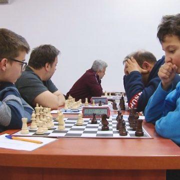 VIDEO | În Baia Mare a avut loc cea de-a doua ediție a Turneului internațional de Șah Open