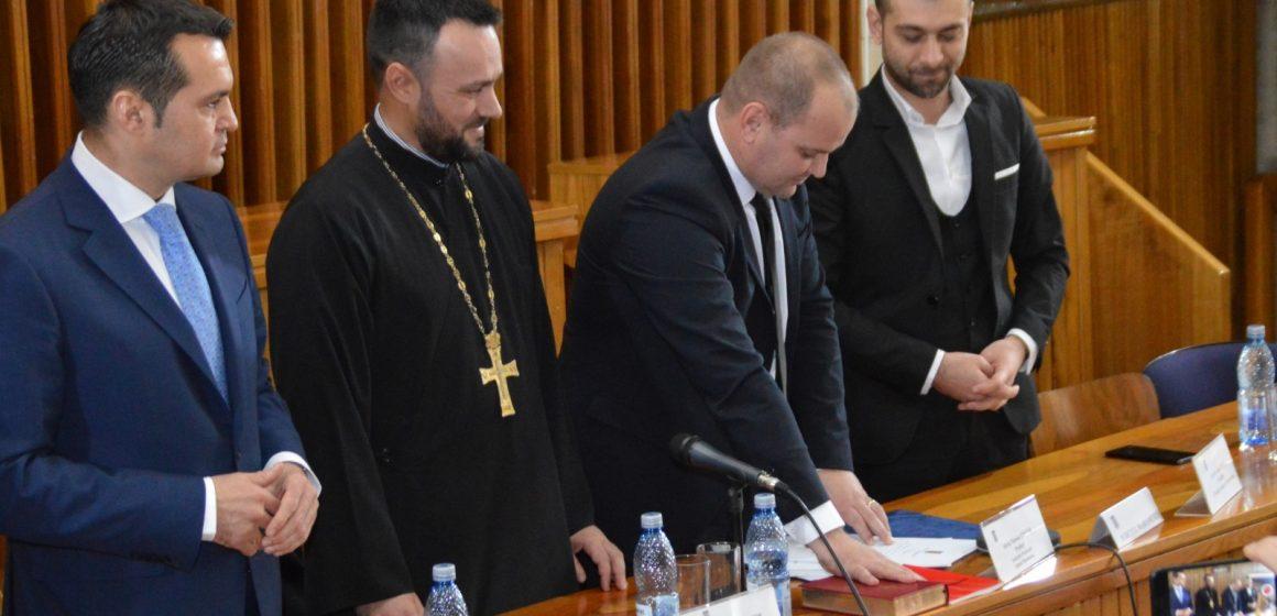 Nicolae-Silviu Ungur a fost investit în funcția de prefect al județului Maramureș
